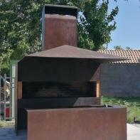 Manghal / Bbq fireplace